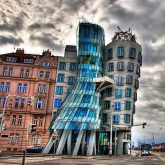 Βιέννη–Πράγα–Βουδαπέστη–Μπρατισλάβα