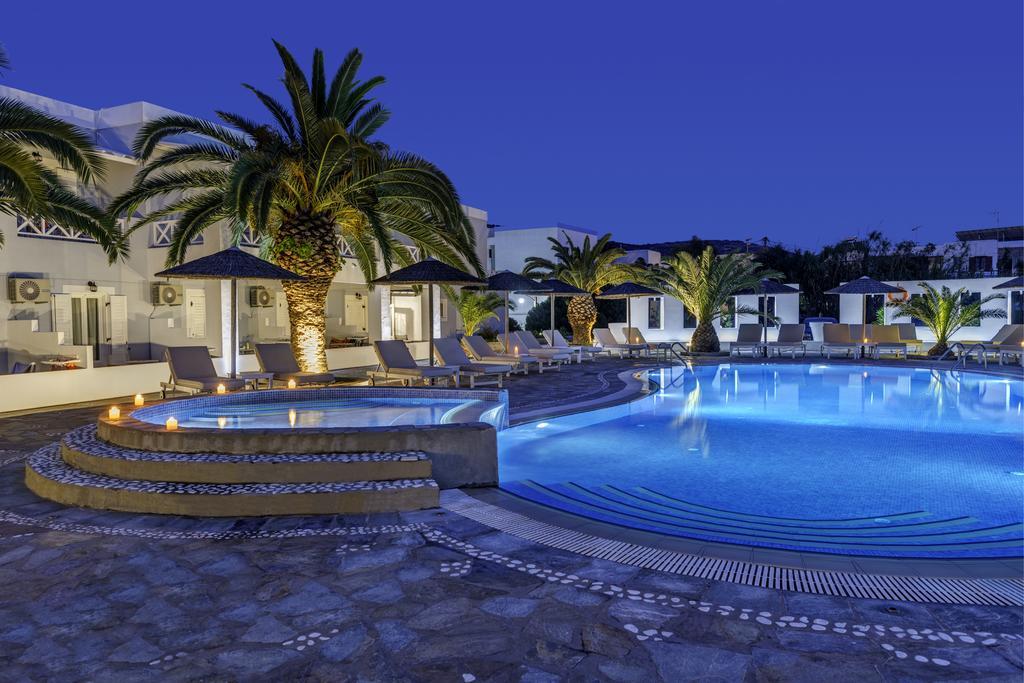Benois Hotel 4*