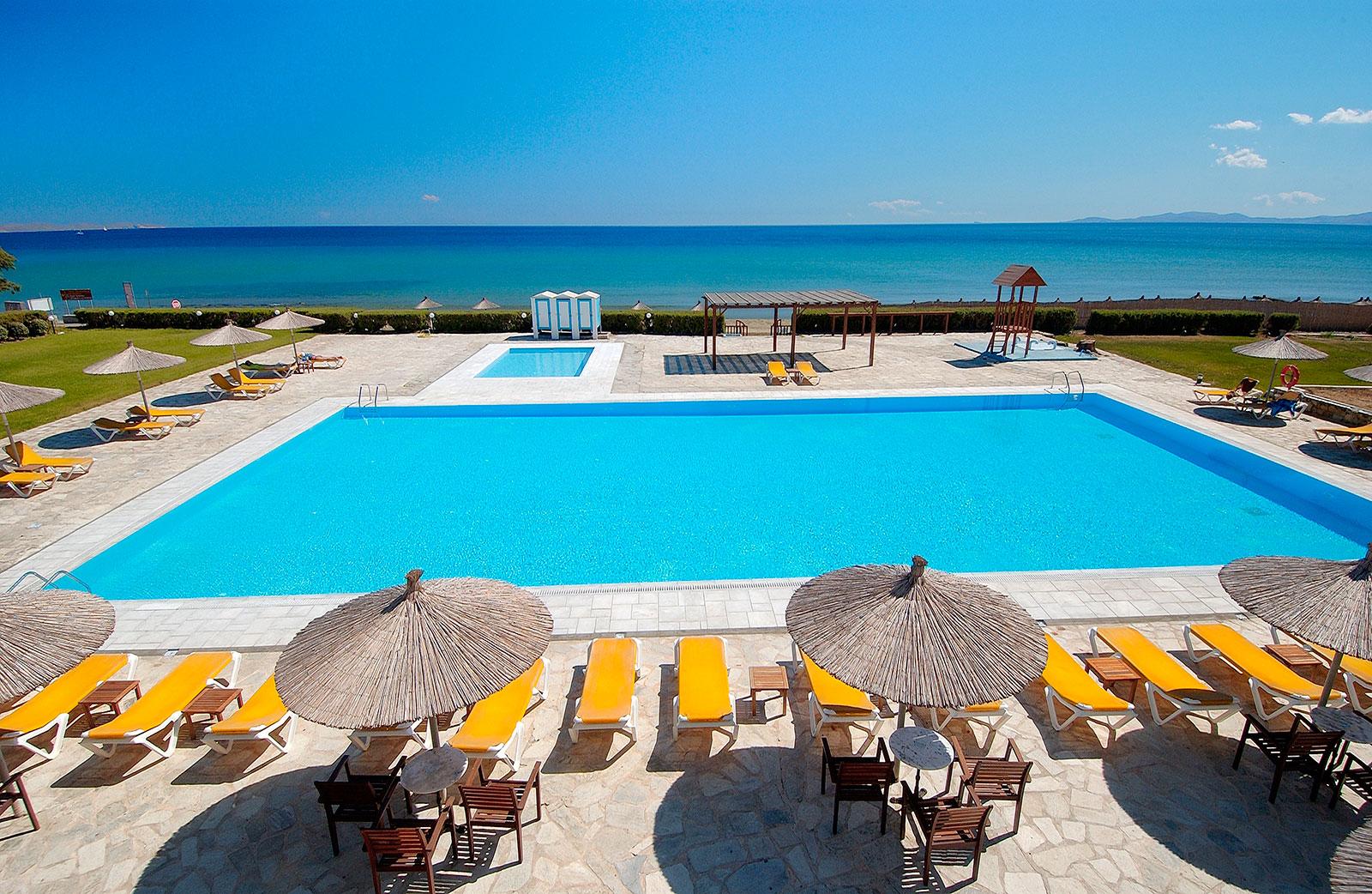 Tinos Beach 4*