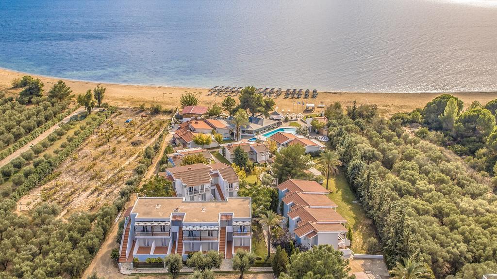 Coral Blue Beach Hotel 4*