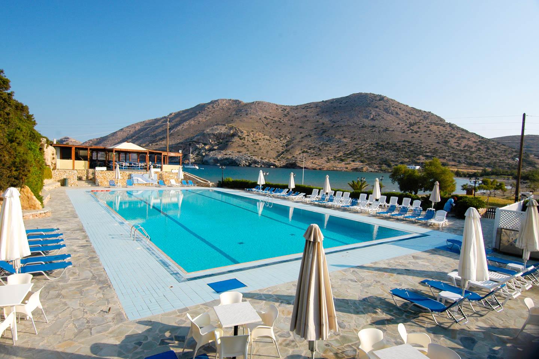 Dolphin Bay Hotel 4*