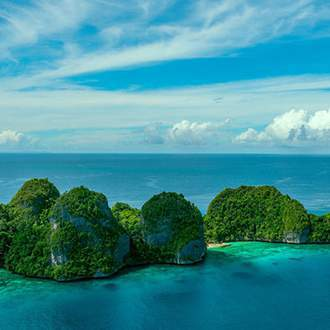 Singapore to Raja Ampat: Exotic Indonesia