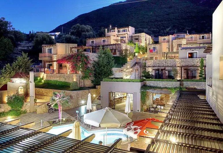 Tesoro Hotel 3*