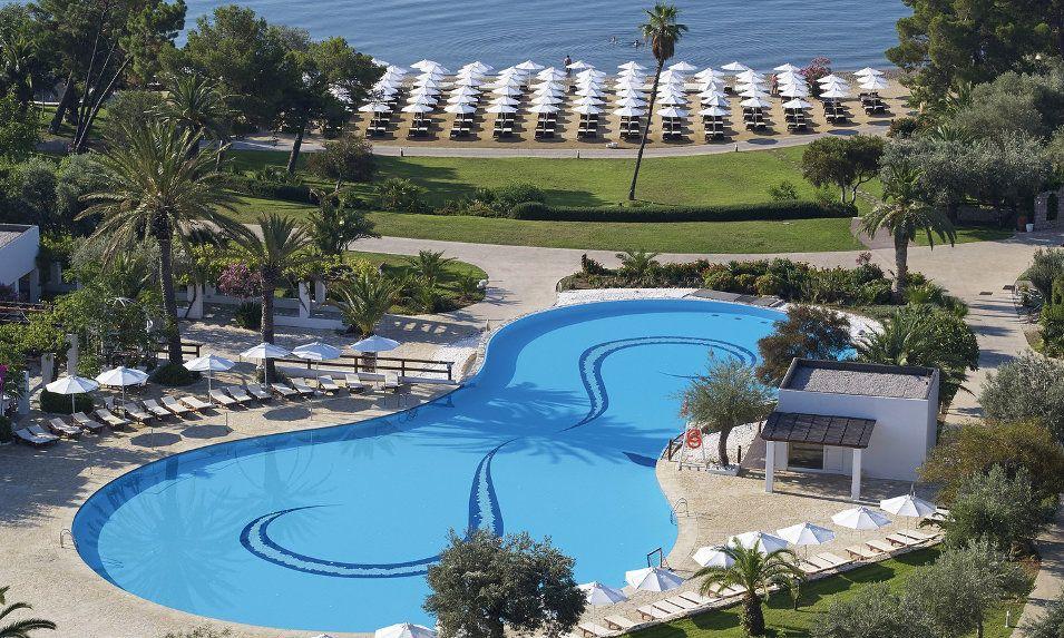 barcelo_hydra_beach_pool