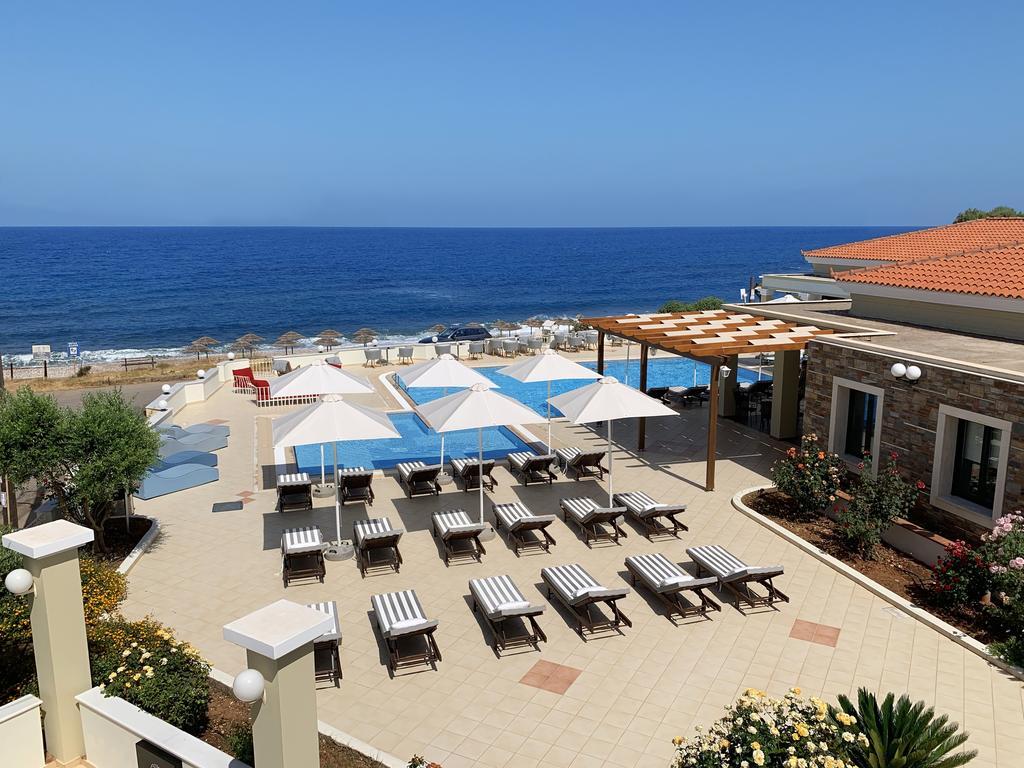 Messina Resort 3*